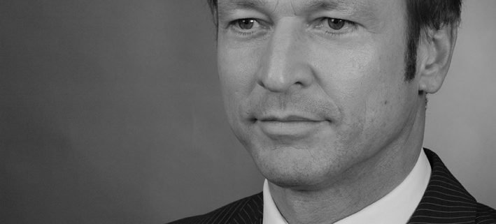 Profilbild von Bernd Vogt in schwarz weiß