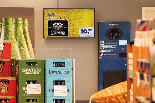 Digital Signage Diplaywerbung Getränke Leergutrücknahme