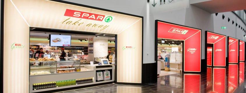 Ansicht Front Eingang SPAR Gourmet Flughafen Wien