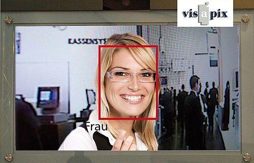 visapix Frau im Porträt mit Gesichtserkennung