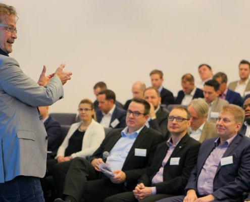 Geschäftsführer, rheingold salon Jens Lönneker refereiert auf dem PRESTIGE Partnertag 2018
