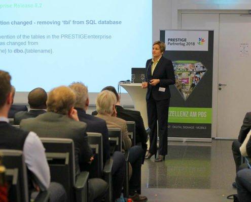 Consultant Anja Kolbeck refereiert auf dem PRESTIGE Partnertag 2018