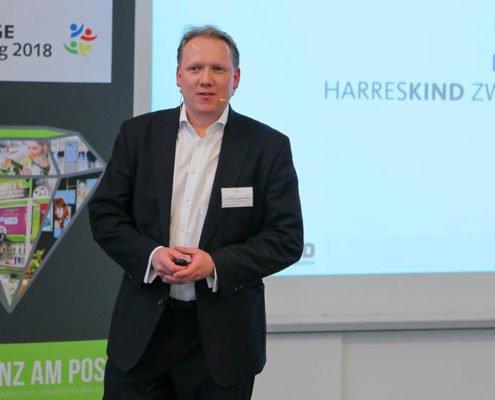 Geschäftsführer HARRES Metall-design Lutz Schneppendahl auf dem PRESTIGE Partnertag 2018