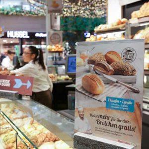 A4 Plakat mit Angebot in einer Kamps Backstube basierend auf der Drucklösung mit PRESTIGEenterprise
