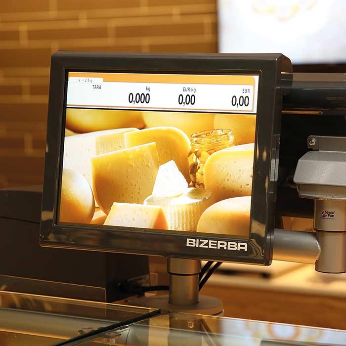 EDEKA setzt Waagen mit kundenseitigem Bildschirm an der Frischetheke ein