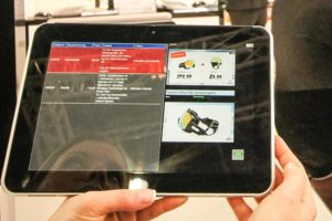 Produktberatung via Tablet für die Fashion- und Lifestyle-Branche